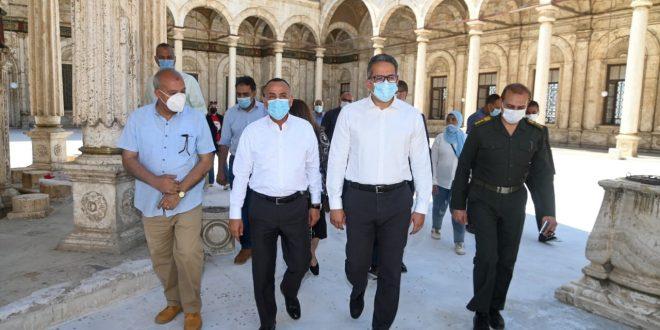 العناني يتفقد ترميم جامع محمد علي وبرج الساعة بقلعة صلاح الدين الأيوبي