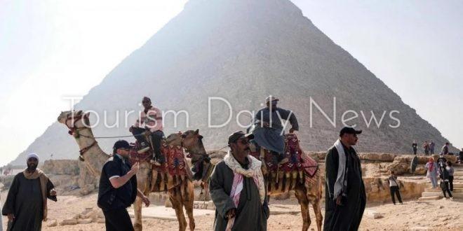 السياحة المصرية رهينة لنجاح حملة التطعيم رغم تزايد مؤشرات عودة الروح
