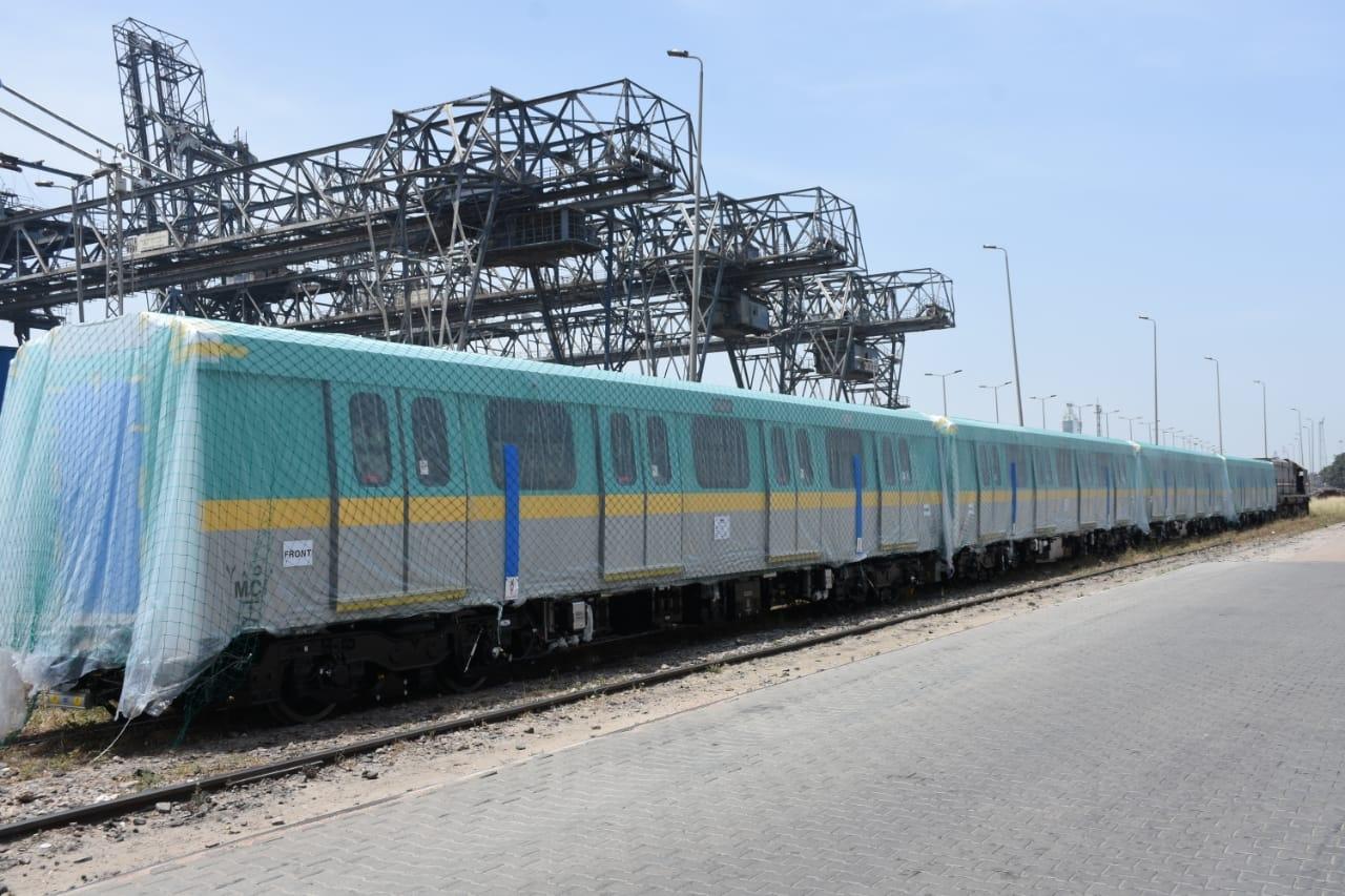 وصول القطار التاسع من الـ 32 كورياً .. وأول القطارات الـ 6 لمترو الأنفاق