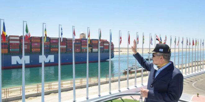 حركة الملاحة بقناة السويس منتظمة .. عبور 68 سفينة بحمولات 3.6 مليون طن