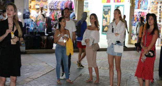 45 من المدونين السياحيين يمثلون 16 دولة يواصلون زيارتهم لشرم الشيخ
