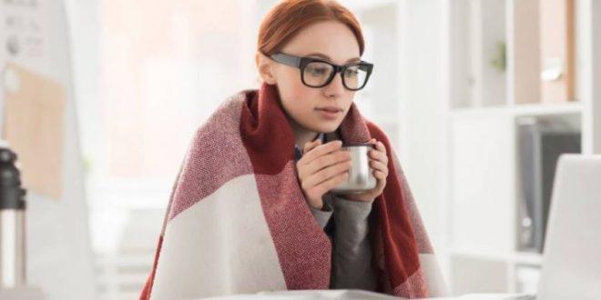 دراسة بريطانية تحذر : أجواء العمل الباردة والتكييف تؤدي إلى زيادة الوزن