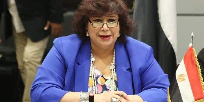 إلا فلسطين ندوة لصالون مصر المبدعة على المسرح الصغير برعاية وزيرة الثقافة