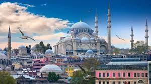 إيرادات السياحة التركية تتراجع في الربع الأول 40.2 % إلى 2.45 مليار دولار