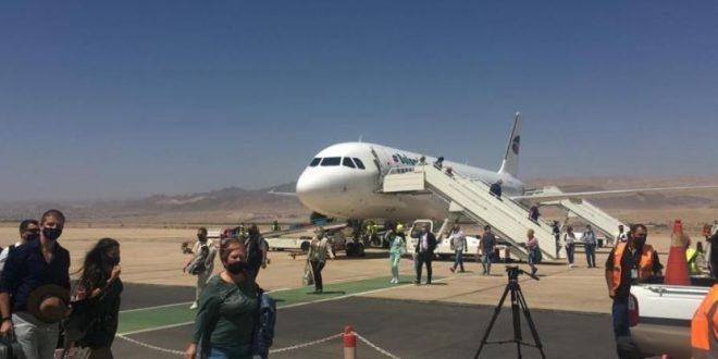 طائرة تحمل 180 سائحا تصل إلى مدينة العقبة الأردنية .. اليوم