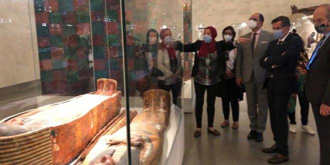 هذه تعليقات وفدا الوكالة الفرنكوفونية والأنوكا على المتحف القومي للحضارة
