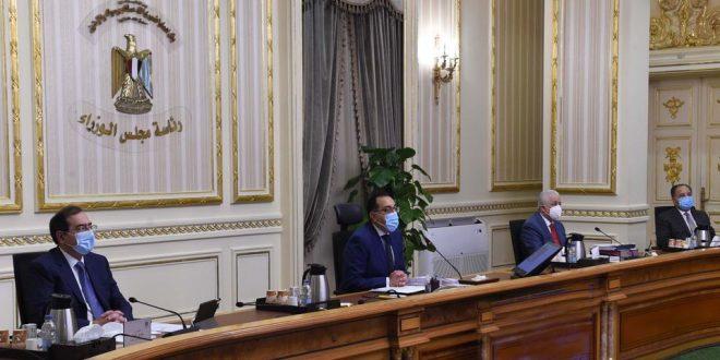 رئيس الوزراء يؤكد على تطبيق القرارات الخاصة بمواجهة فيروس كورونا بمنتهى الحسم