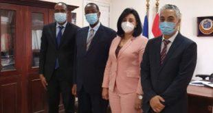 نائب وزير السياحة والآثار لشئون السياحة تجتمع مع سفير دولة رواندا بالقاهرة