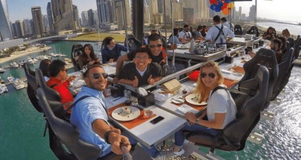 ليس لديها دليل خاص .. دبي تستقدم طهاة وسلاسل مطاعم عالمية لإرضاء الجميع