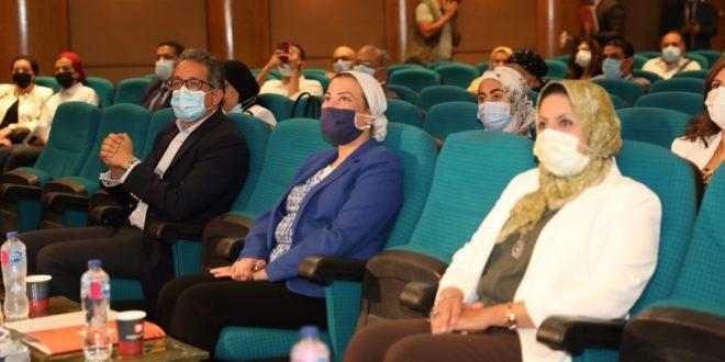 وزيرا السياحة والبيئة يطلقان حملة لحماية البيئة البحرية بالبحر الاحمر