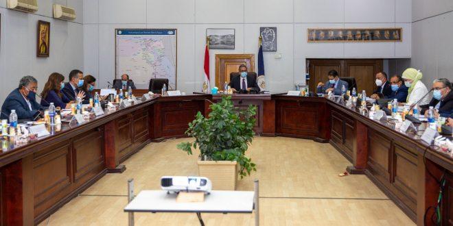 مصر تكشف عن خطط لجنة الخبراء في التنشيط وتجري استبيان على 12 ألف سائح