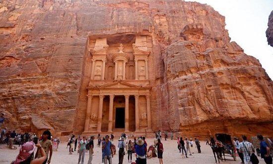"""عودة تدريجية للسياحة وحملة لتنشيط """"العلاجية"""" في الخليج وأفريقيا بالأردن"""