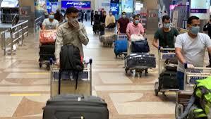 مصر تفرض غرامة ألف دولار في حال نقل راكب لا يحمل شهادة التطعيم أو مسحة PCR