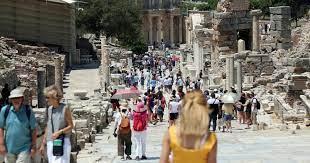 السفير الألماني بالقاهرة : السياحة لن تعود لمعدلاتها إلا بنهاية كورونا