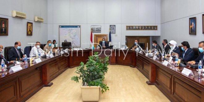 وزير السياحة والآثار يترأس اجتماع مجلس إدارة هيئة المتحف المصري الكبير