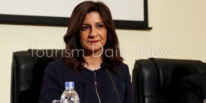وزيرة الهجرة المصرية السفيرة نبيلة مكرم عبد الشهيد