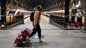قيود السفر الجديدة من بريطانيا وألمانيا تهدد بوقف تعافي السياحة في أوروبا