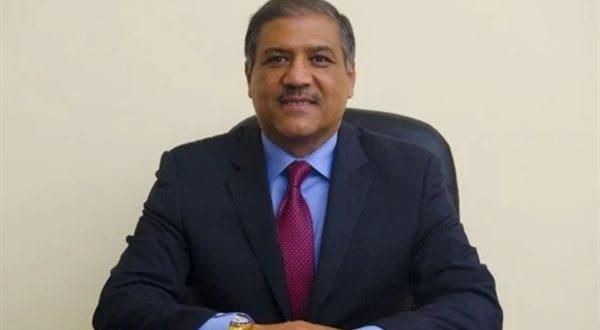 الدكتور عفت السادات وكيل لجنة الشئون الخارجية والعربية والافريقية بمجلس الشيوخ ورئيس حزب السادات الديمقراطى