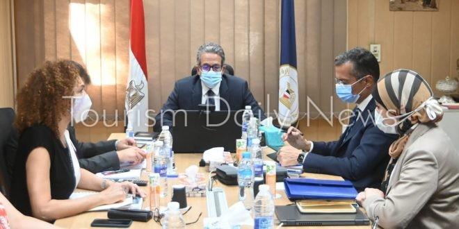 تفاصيل اجتماع العناني مع التحالف الكندي الإنجليزي المُكلف بالترويج لمصر