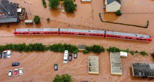 الأعاصير والفيضانات تشل الحياة في مناطق بألمانيا وفرنسا وهولندا وبلجيكا