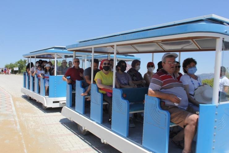 إغلاق جزء من بحيرة سالدا .. والسيارات الكهربائية تثير إهتمام السياح