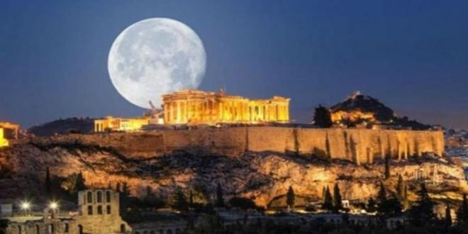 اليونان تفتتح أبواب المتاحف والمواقع الأثرية مجانا أمام الزوار
