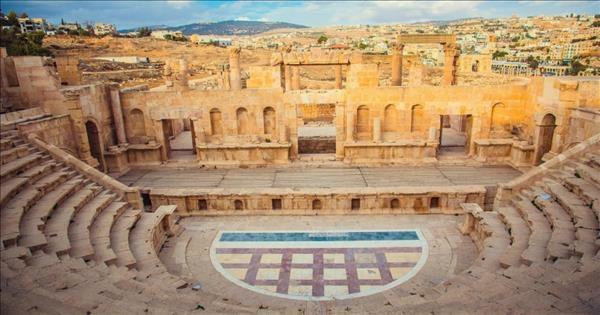 مجلس الوزراء يقر خطّة تطوير السياحة في محافظة جرش ونقاط الجذب بالأردن