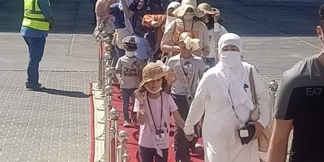ميناء سفاجا يستقبل 915 سائحاً سعودياً قادمة من جدة