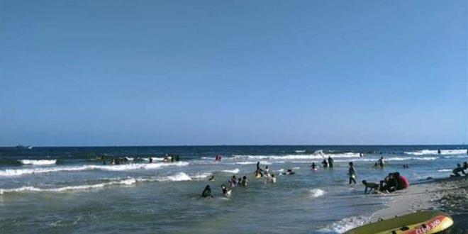 استقرار حالة البحر على شواطئ الإسكندرية وتقلبات جوية خفيفة في العجمي