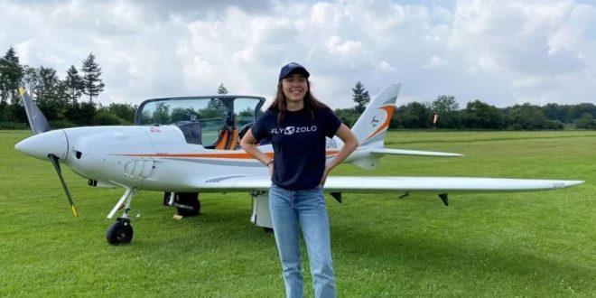 مراهقة بلجيكية تسعي لدهول موسوعة جينس كأصغر فتاة تطير حول العالم