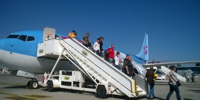 تنشيط السياحة تؤكد استمرار دعم الطيران العارض وشركتي ايزي جت وريان أير