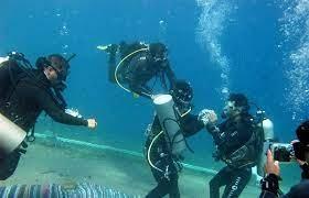 إنقاذ غواصين في مضيق تيران فقدا طريقهما أثناء جولة مائية بموقع توماس ريف
