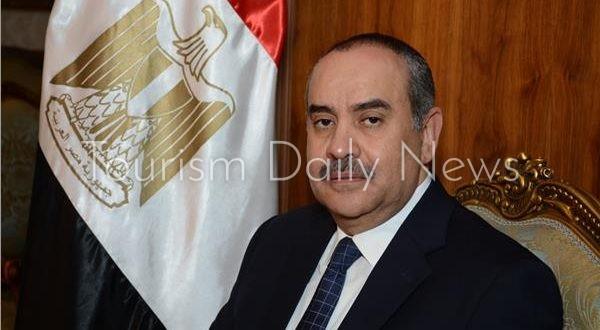 وزير الطيران المدني محمد منار عنبة