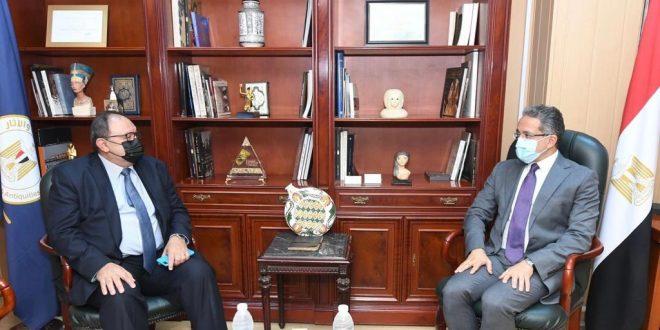 وزير السياحة والآثار يستقبل مدير مكتب اليونسكو بالقاهرة