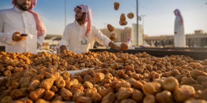 السعودية تروج للسياحة بمهرجانات التمور .. بريدة يروج للمقاصد الزراعية