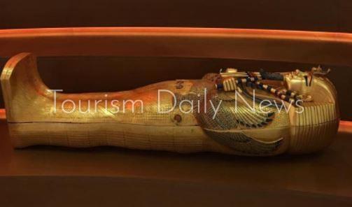 تابوت بسماتيك وقناع الملك توت الذهبي بين قطع أصلية بجناح مصر باكسبو دبي2020