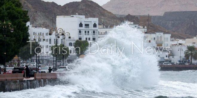 """لماذا سمي إعصار عمان بـ """"شاهين""""؟ إليك السبب"""