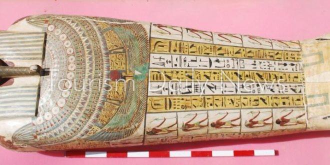 حضور مميز للألهة والملوك المصرية القديمة بمعرض أكسبو دبي