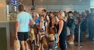 140 رحلة طيران تهبط في مطاري الغردقة ومرسى علم اليوم نقل سياح روس وأوكران