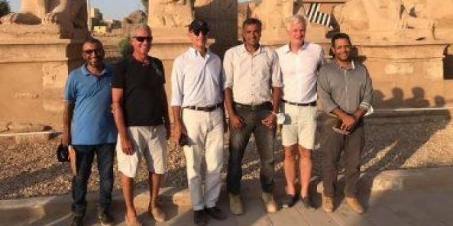 السفير الأمريكى بالقاهرة يزور الأقصر قبل انطلاق موسم السياحة الشتوى