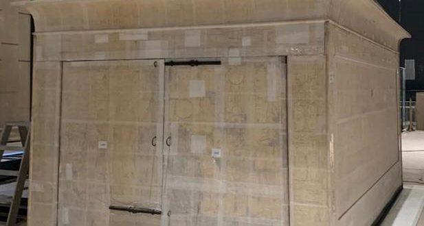 تفاصيل عملية نقل مقصورة الملك توت عنخ آمون الثانية وتركيبها بالمتحف الكبير